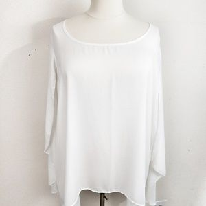 Torrid flowy layered high low tunic white size 5